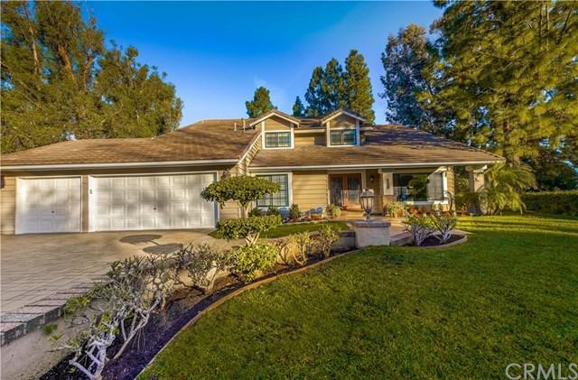 6121 E Via Sabia, Anaheim Hills, CA 92807 (#PW19015499) :: Fred Sed Group
