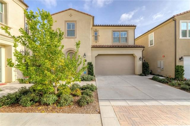 137 Hollow Tree, Irvine, CA 92618 (#PW19015482) :: Doherty Real Estate Group