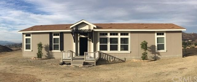 24456 Oak Circle Drive, Wildomar, CA 92595 (#SW19014899) :: Pam Spadafore & Associates