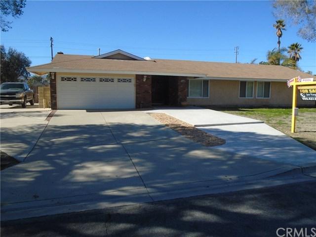 11800 Countryside Drive, Fontana, CA 92337 (#IG19015699) :: Pam Spadafore & Associates