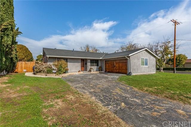 23821 Calvert Street, Woodland Hills, CA 91367 (#SR19015734) :: Hart Coastal Group