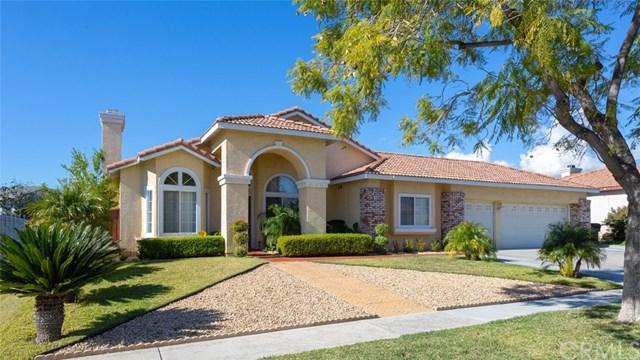 7580 Jacaranda Avenue, Fontana, CA 92336 (#DW19016262) :: Pam Spadafore & Associates