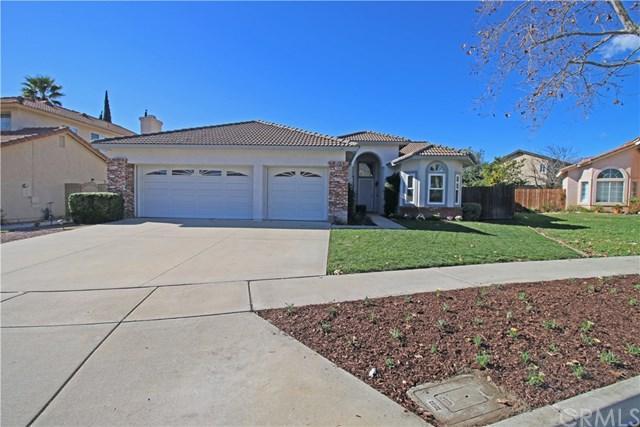 7430 Jacaranda Avenue, Fontana, CA 92336 (#EV19016356) :: Pam Spadafore & Associates