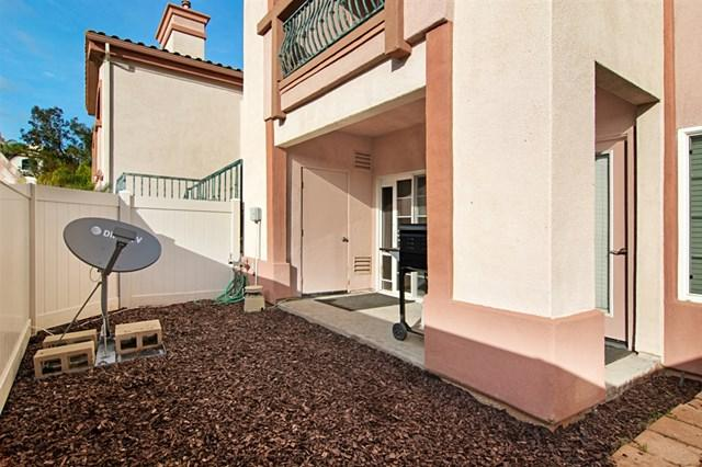 2707 Lake Pointe Drive #106, Spring Valley, CA 91977 (#190004389) :: California Realty Experts