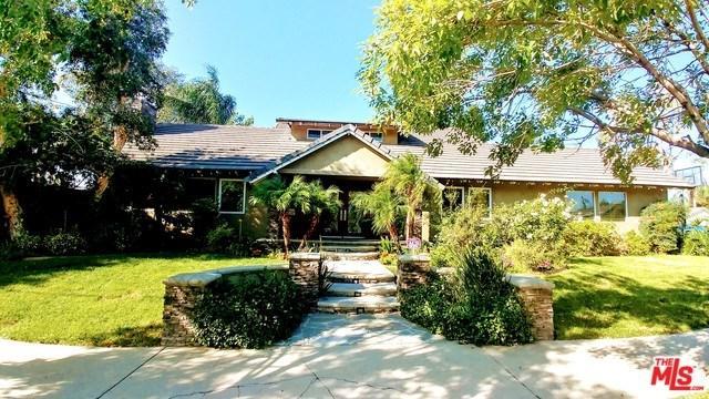 15700 Marilla Street, North Hills, CA 91343 (#19426538) :: California Realty Experts