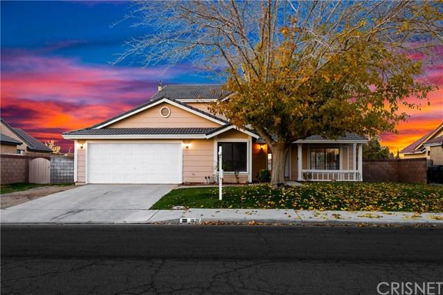 1621 W Newgrove Street, Lancaster, CA 93534 (#SR19017075) :: California Realty Experts