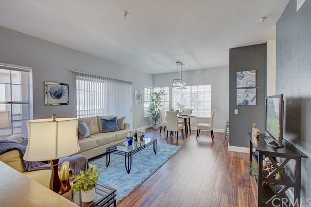 14001 Lemoli Avenue, Hawthorne, CA 90250 (#SB19015556) :: Team Tami