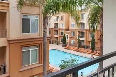4155 Executive Drive E301, La Jolla, CA 92037 (#PW19017792) :: RE/MAX Empire Properties
