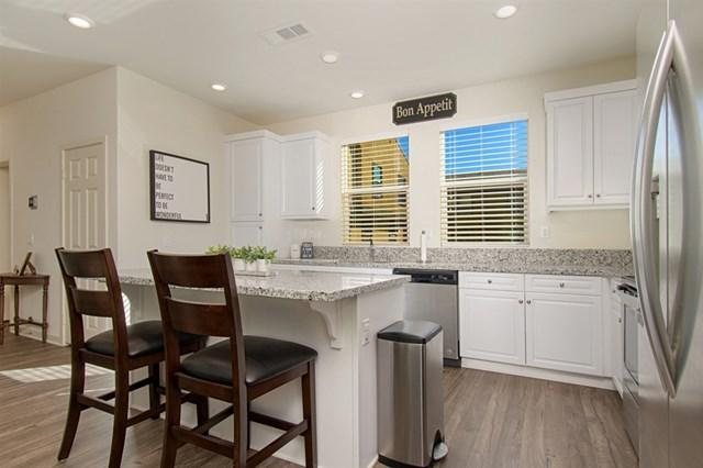 344 Mission Terrace Avenue, San Marcos, CA 92069 (#190004674) :: California Realty Experts