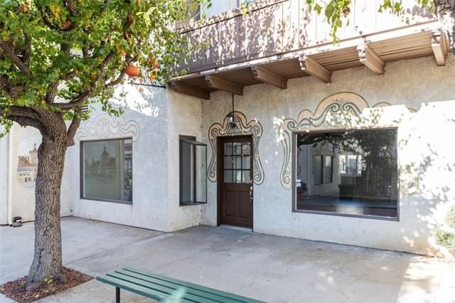 7561 Center Avenue #7, Huntington Beach, CA 92647 (#OC19018984) :: Fred Sed Group