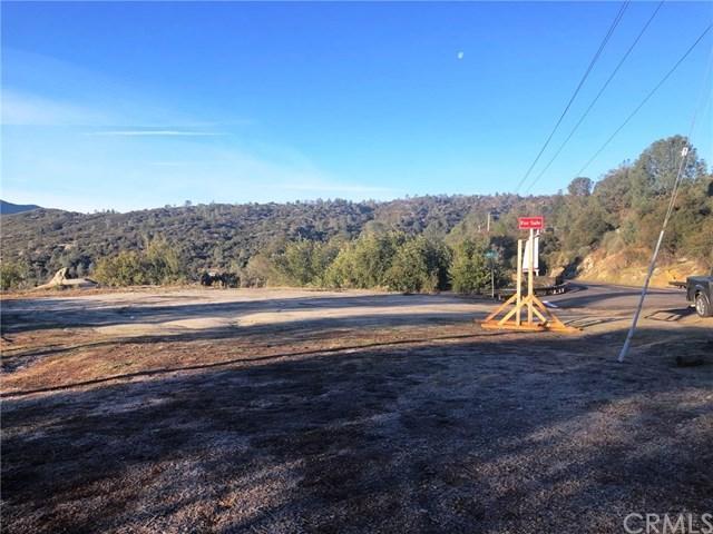 42231 Highway 41, Oakhurst, CA 93644 (#FR19019114) :: The Laffins Real Estate Team