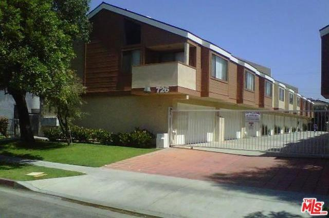 726 S Fir Avenue #2, Inglewood, CA 90301 (#19427684) :: The Laffins Real Estate Team