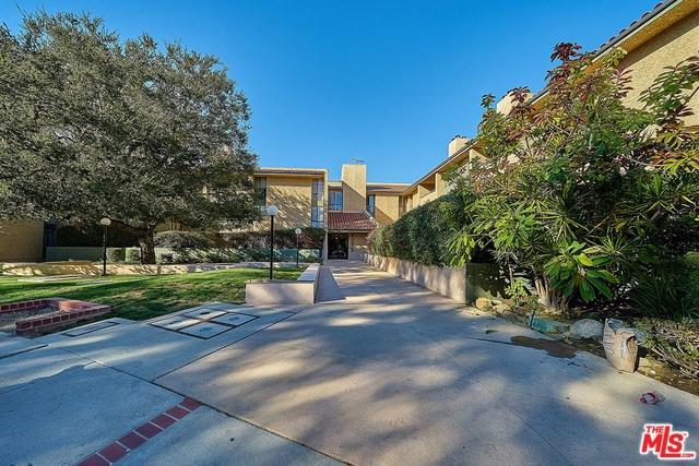 4275 Via Arbolada #101, Los Angeles (City), CA 90042 (#19428050) :: Team Tami