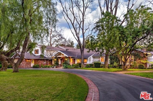 24024 Long Valley Road, Hidden Hills, CA 91302 (#19427260) :: Go Gabby
