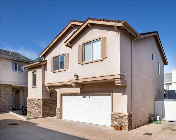 26113 Oak Street B, Lomita, CA 90717 (#OC19021828) :: The Laffins Real Estate Team