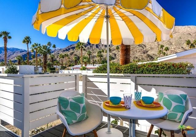 258 Lei Drive, Palm Springs, CA 92264 (#19429814PS) :: Go Gabby