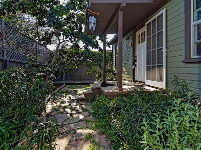 2376 Etiwanda St, San Diego, CA 92107 (#190006486) :: The Laffins Real Estate Team