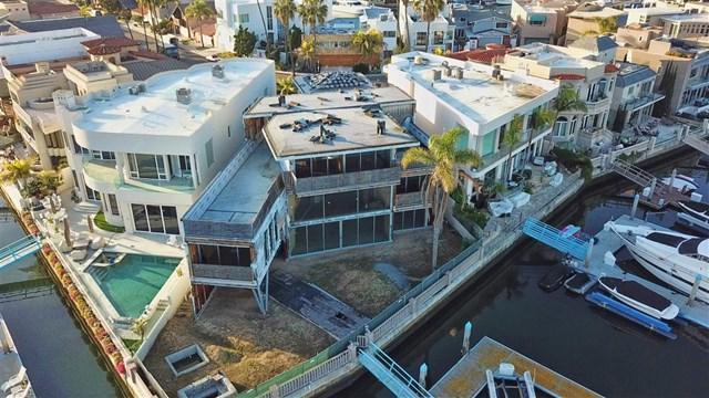1 Green Turtle Road, Coronado, CA 92118 (#190006576) :: The Laffins Real Estate Team