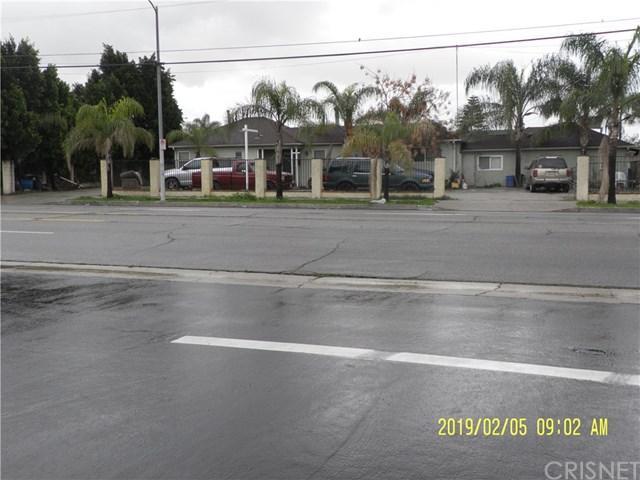 13788 Terra Bella Street, Arleta, CA 91331 (#SR19026679) :: Team Tami
