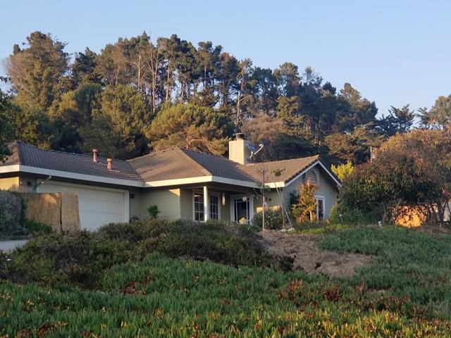 8025 Teichman Court, Salinas, CA 93907 (#ML81737991) :: Pismo Beach Homes Team