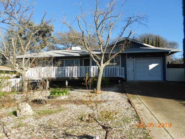 5363 Jones Avenue, Clearlake, CA 95422 (#LC19024967) :: Team Tami