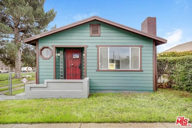 520 W L Street, Colton, CA 92324 (#19432126) :: Team Tami
