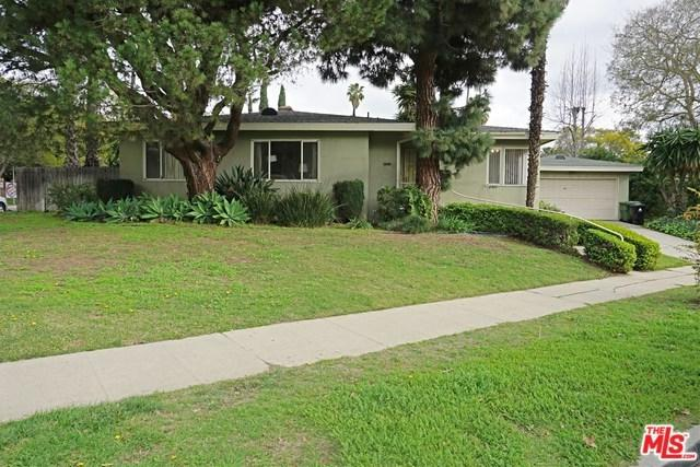 2922 Beverwil Drive, Los Angeles (City), CA 90034 (#19430212) :: PLG Estates