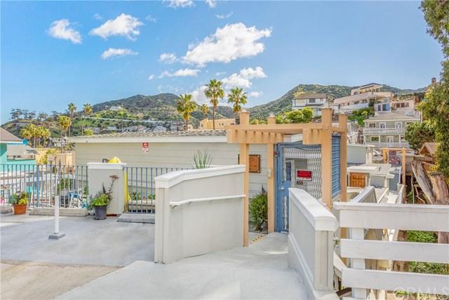 210 Marilla Avenue, Avalon, CA 90704 (#SB19026515) :: The Laffins Real Estate Team