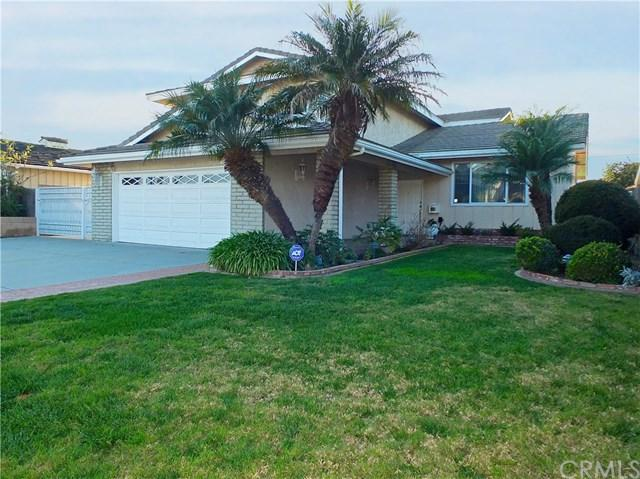 4533 Clubhouse Drive, Lakewood, CA 90712 (#PW19029351) :: Team Tami