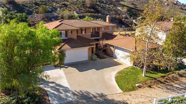 290 Cavaletti Lane, Norco, CA 92860 (#IG19029901) :: The Marelly Group   Compass