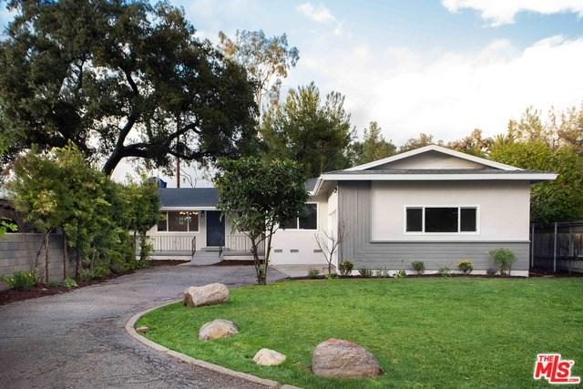 985 Shelly Street, Altadena, CA 91001 (#19432816) :: The Laffins Real Estate Team