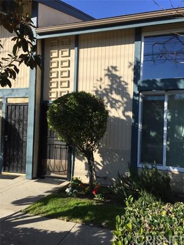 16727 Vanowen Street, Lake Balboa, CA 91406 (#SR19029792) :: Team Tami