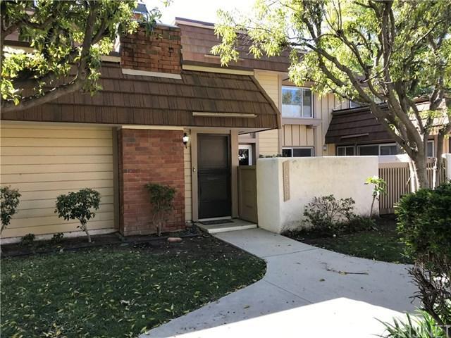 10337 Larwin Avenue, Chatsworth, CA 91311 (#SR19021610) :: The Laffins Real Estate Team