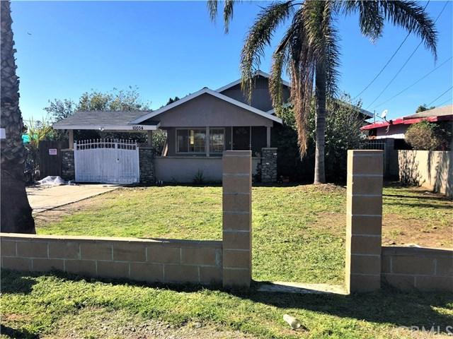 10034 Olive Street, Bloomington, CA 92316 (#CV19022736) :: The Laffins Real Estate Team