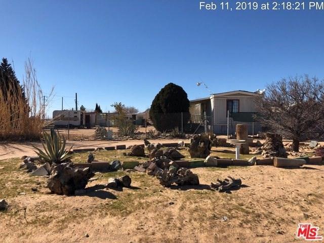 329 E Trotter Avenue, Mojave, CA 93501 (#19433400) :: Pismo Beach Homes Team
