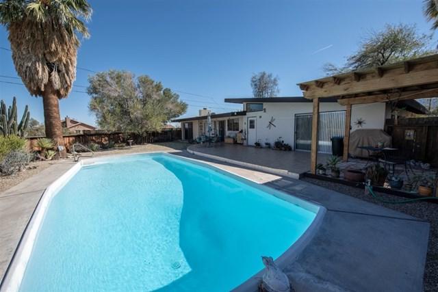 3245 Borrego Springs Rd, Borrego Springs, CA 92004 (#190007492) :: The Laffins Real Estate Team