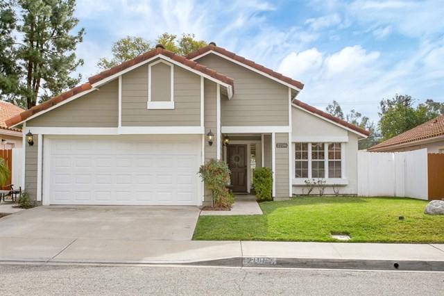 2106 Shadetree Lane, Escondido, CA 92029 (#190007962) :: The Laffins Real Estate Team
