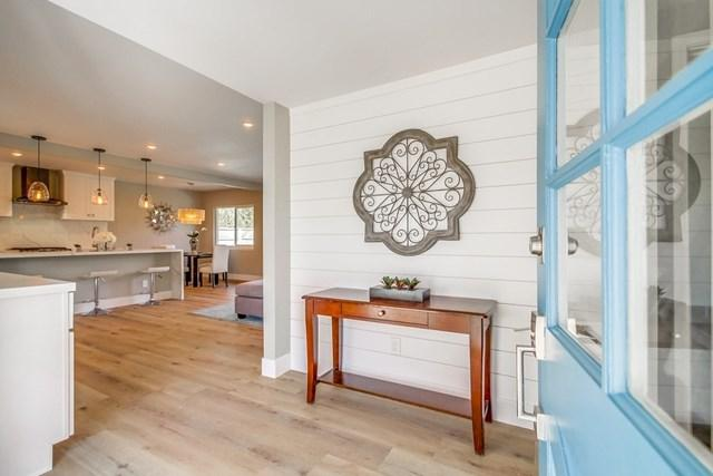 2257 Tokalon St, San Diego, CA 92110 (#190007789) :: The Laffins Real Estate Team