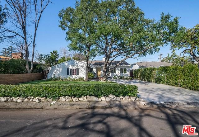 12349 Milbank Street, Studio City, CA 91604 (#19433378) :: The Laffins Real Estate Team