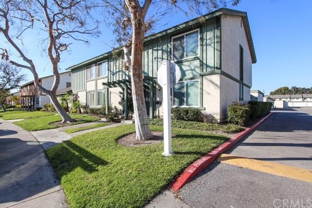 221 Carriage Drive C, Santa Ana, CA 92707 (#PW19032924) :: Allison James Estates and Homes