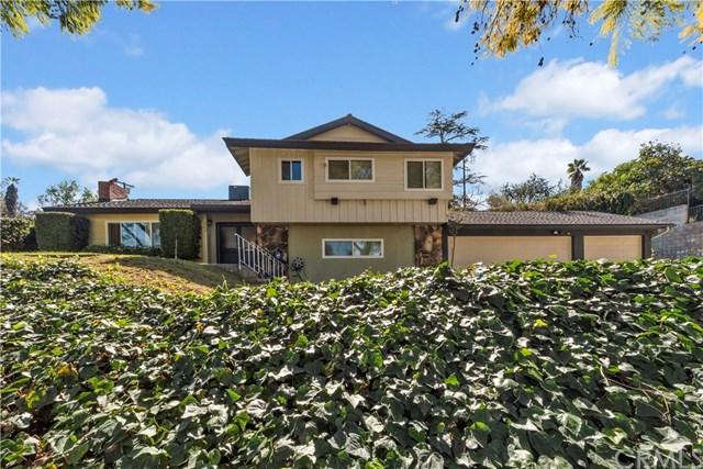 2350 Oak Crest Drive, Riverside, CA 92506 (#IV19031810) :: The DeBonis Team