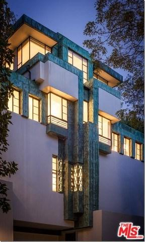 2255 Verde Oak Drive, Los Angeles (City), CA 90068 (#19433654) :: Team Tami