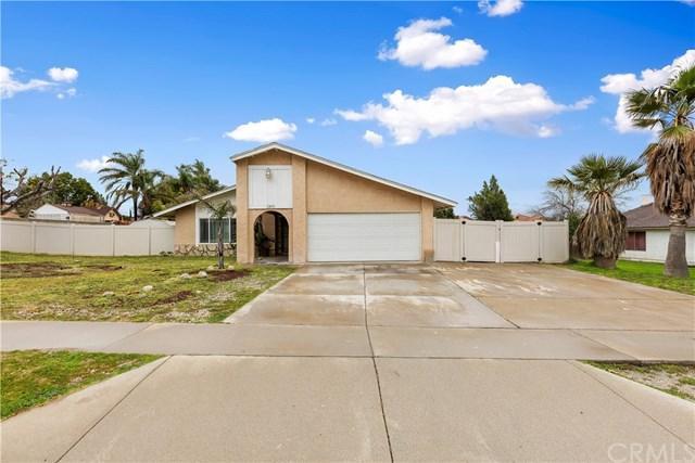 2895 N Sandalwood Avenue, Rialto, CA 92377 (#IV19033951) :: The Laffins Real Estate Team
