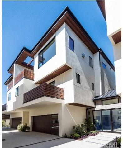 1828 Pacific Coast Highway, Hermosa Beach, CA 90254 (#SB19033717) :: The Marelly Group | Compass