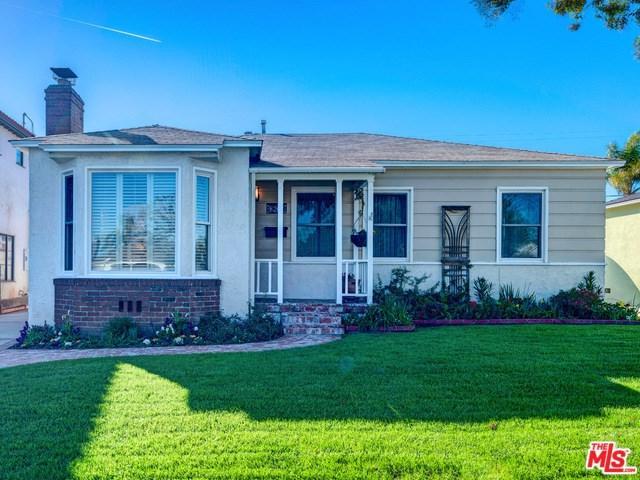 8207 Stewart Avenue, Westchester, CA 90045 (#19434118) :: Team Tami