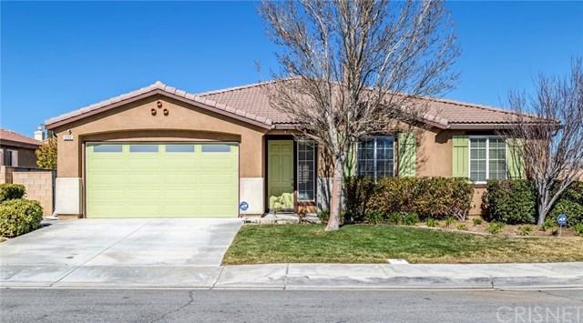1233 Wellington Drive, Palmdale, CA 93551 (#SR19031837) :: The Laffins Real Estate Team