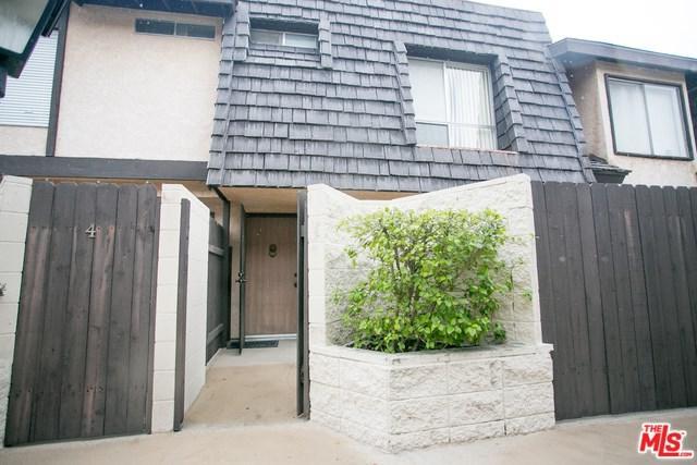 5463 Newcastle Avenue #3, Encino, CA 91316 (#19434214) :: The Laffins Real Estate Team