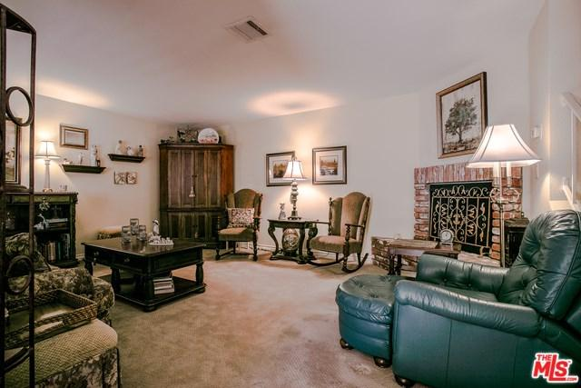 10341 Canoga Avenue #16, Chatsworth, CA 91311 (#19434416) :: The Laffins Real Estate Team