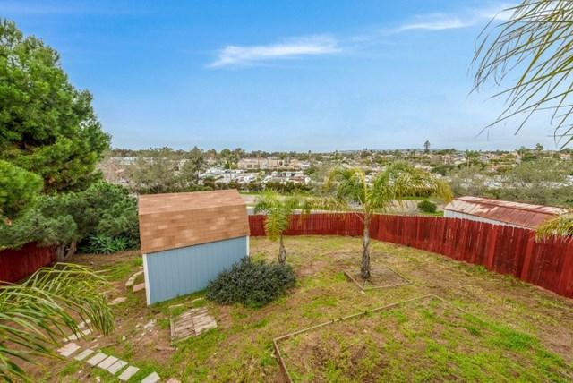 1356 Gertrude St, San Diego, CA 92110 (#190008620) :: The Laffins Real Estate Team