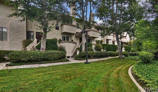 507 Harbor Woods Place #507, Newport Beach, CA 92660 (#NP19034801) :: Zilver Realty Group